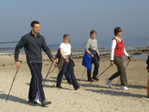 Nordic Walking am Strand von Ahlbeck